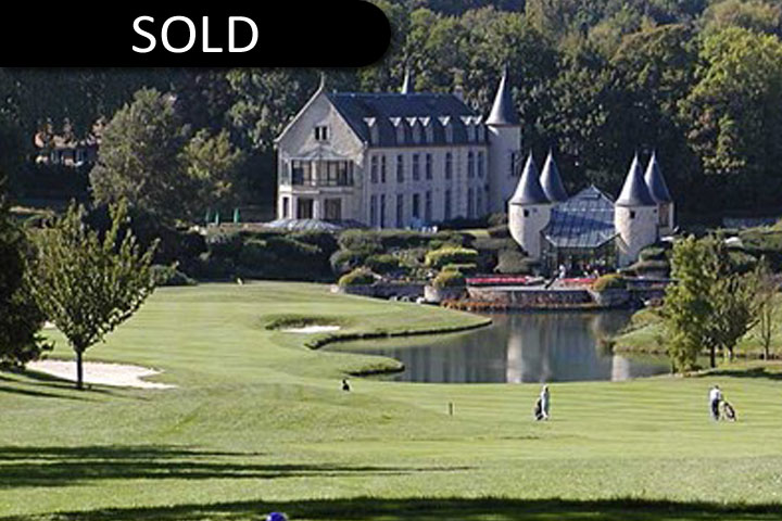 Cély Chateau & Golf Course